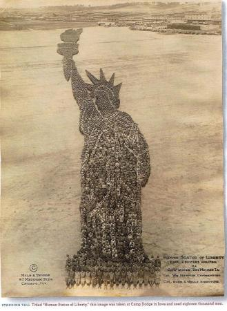 Estatua de la libertad Mole & Thomas